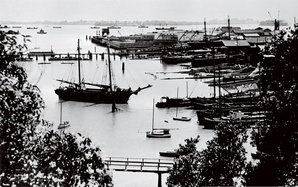 St Marys Bay in the early 1930s, when the traffic of the sea, rather than that of the harbour bridge, defined the view.