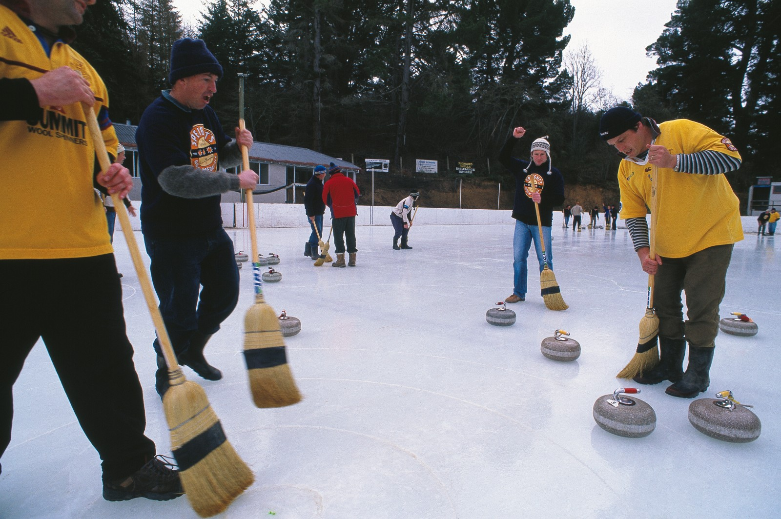 A pair of stones and a broom are the only items of equipment needed by curlers, who flock to the country's curling capital, Naseby, in winter. Most matches are held on artificial ice in Naseby's outdoor rink, but the town also has natural ice dams.