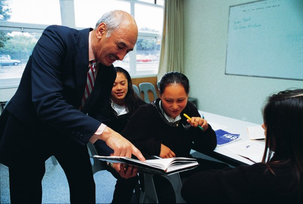 Parallel publication in Maori of the DNZB's Maori biographies delivers a revitalised and highly readable telling of ancestral stories. Assistant editor Tairongo Amoamo shares with pupils of Hutt Valley High School his enthusiasm for the dictionary as a means of introducing Maori to their heritage.