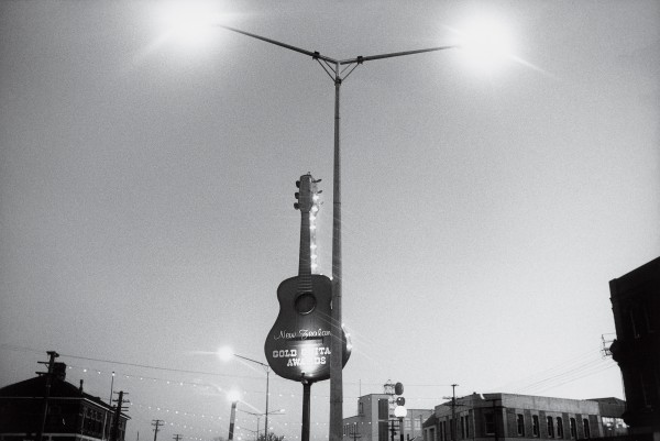 An over-sized guitar adorns Gore's main street, heralding the annual Gold Guitar Awards. The year I was there, apart from a contestant from Wellington and two from Australia, everyone competing in the country music event came from the South Island.