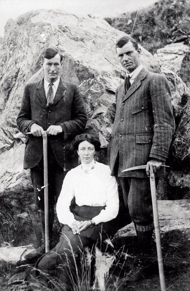 "Freda Du Faur is pictured with her favourite guides, Alexander and Peter Graham, with whom she summited Mount Cook. As one of a minority of mountain visitors interested in high alpine climbing, Du Faur sometimes resented the 'tourists' who booked up the guides for glacier excursions, delaying her own expeditions. She viewed proposed improvements at the Hermitage with dismay, fearing it would become a ""fashionable tourist resort"", with her beloved mountain solitudes over-run by ""civilization""— exactly the image promoted by the Tourist Department in the 1960s (below)."