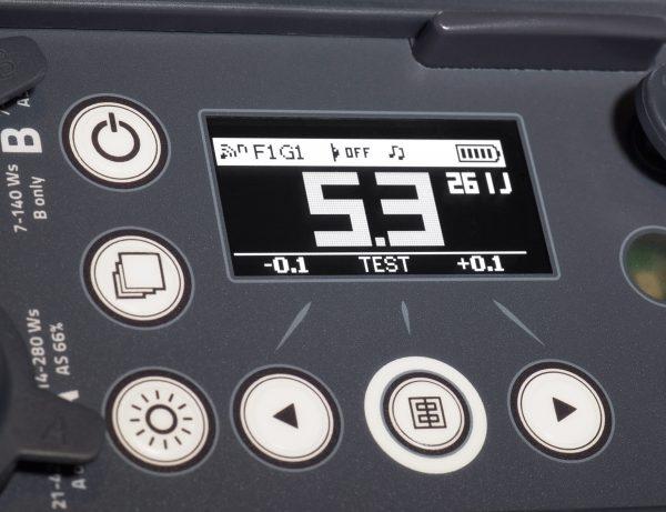 Pro014_150127-10279-ELB400-FrontPanel-Details-03